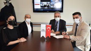 Zeytinburnu Avrasya Hastanesi ve Merter Final Okulları arasında okul yönetimi, öğrencileri ve ailelerinin faydalanabileceği sağlık sözleşmesi imzaladık.