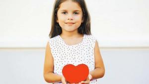 Önemsenmeyen belirtiler çocuklarda  kalp hastalığının habercisi olabilir!